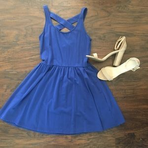 Adorable blue dress by Frenchi. Size M, worn once.